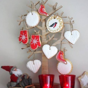 Suured-ÄM - Piparkookidega puu - Anastasia Krylova